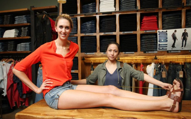 Самые длинные женские ножки Америки