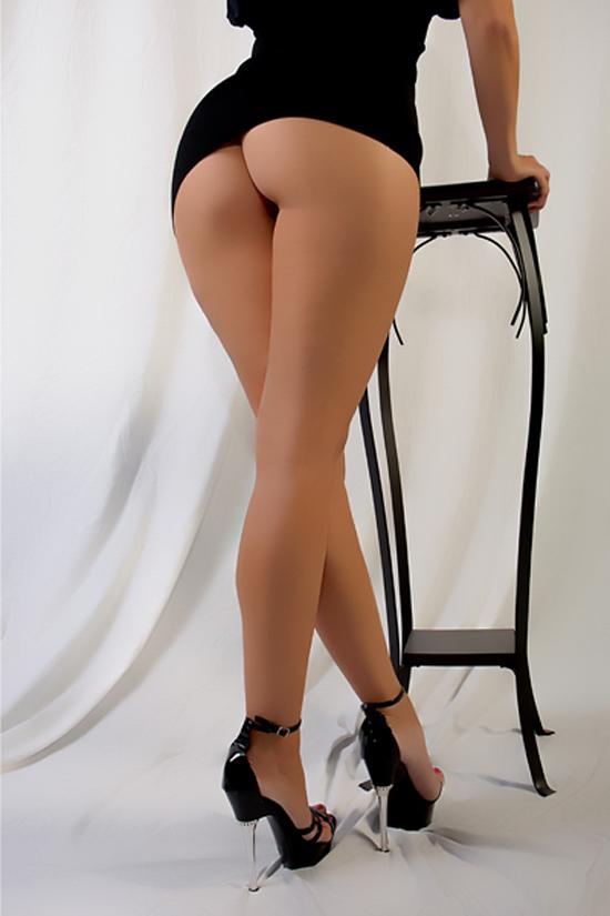 Фото ню секси ножки