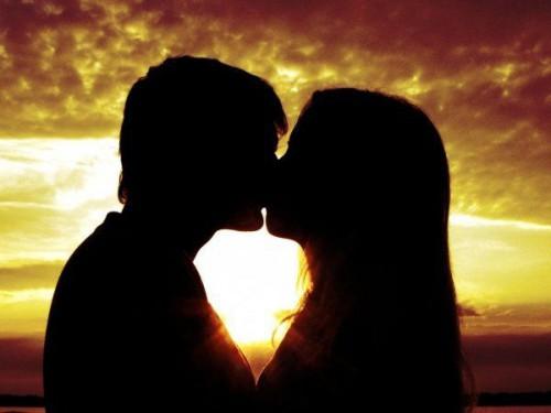 Что может быть романтичнее поцелуя на