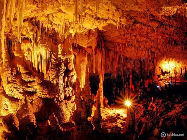 Печера Авшалом