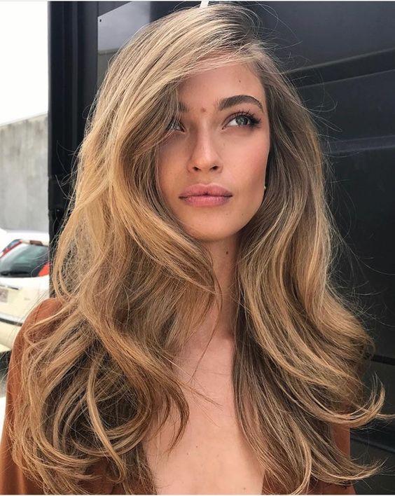 Стрижки на довге волосся