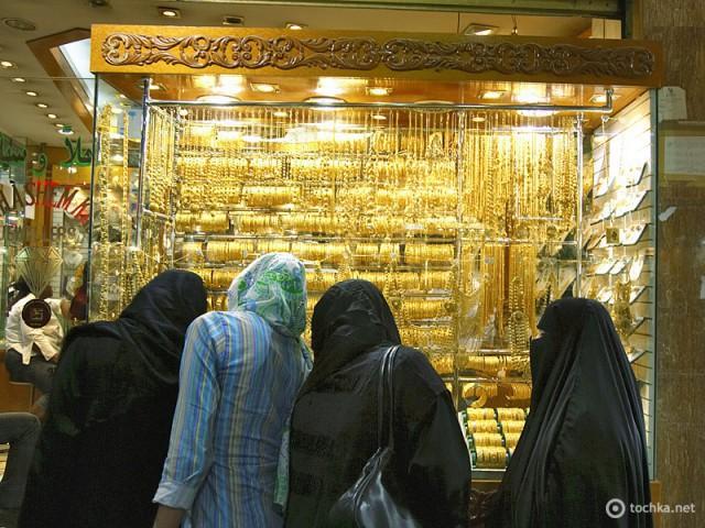 Где купить золото за границей
