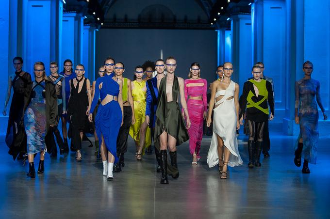2WB на Ukrainian Fashion Week noseason sept 2021