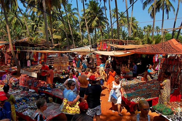 Индийские базары: рынок в Анджуне, Гоа
