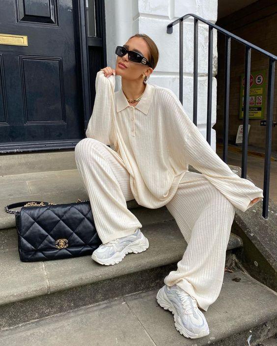 Модные аутфиты с белыми кроссовками