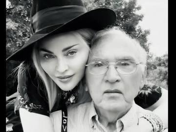 Мадонна с отцом