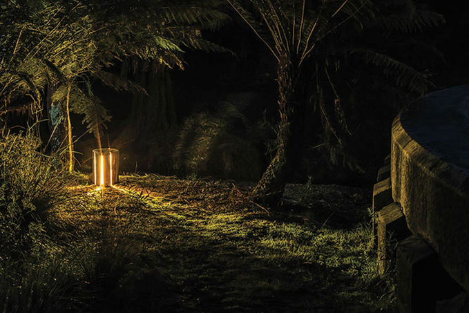 Пеньки-світильники