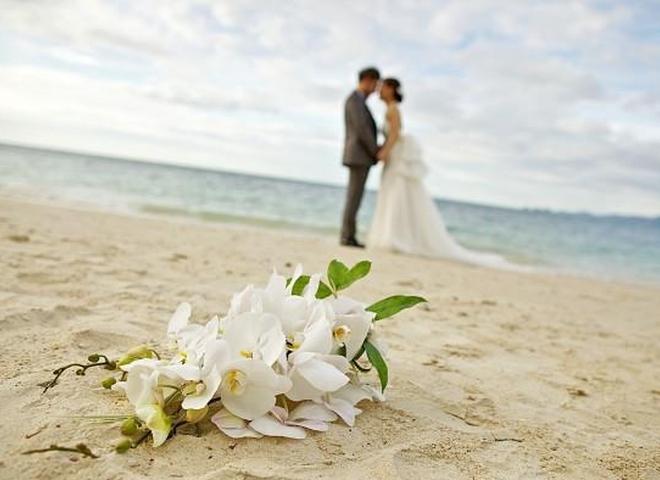 Куди поїхати у весільну подорож взимку: Топ-5 незабутніх місць