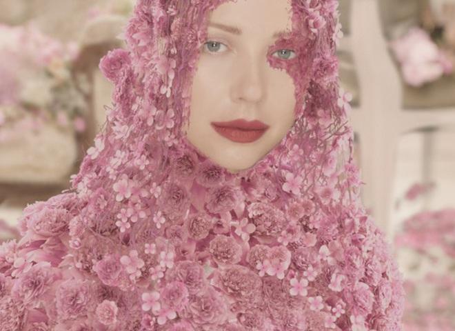 Премьера: Тина Кароль выпустила женственный анимационный клип (видео)