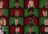 """знаменитости спели рождественскую песню """"Wonderful Christmastime"""""""
