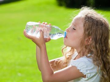 Вода и ребенок