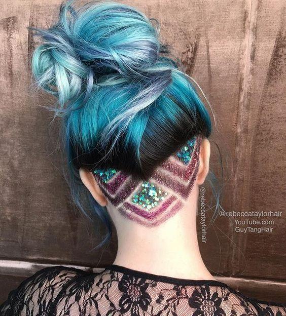 Блискітки в волоссі