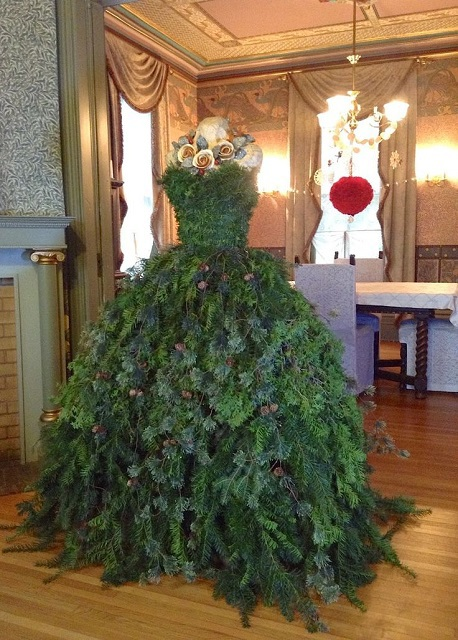 Платья из елки