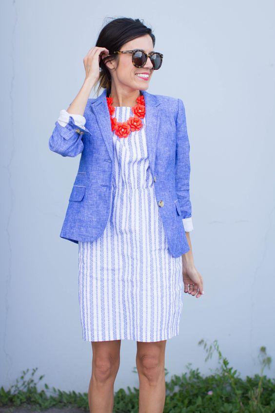 Голубые наряды