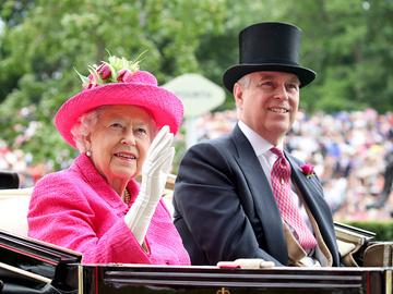 Елизавета ІІ и Принц Эндрю