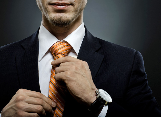 Як зав'язати краватку: схема простих вузлів