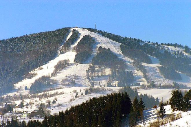 Топ-6 трасс в Украине для начинающих лыжников и сноубордистов