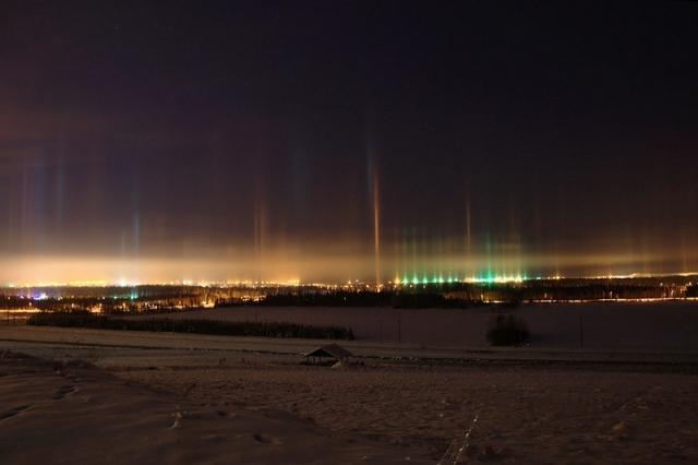 Що потрібно побачити взимку: Світлові стовпи на Алясці