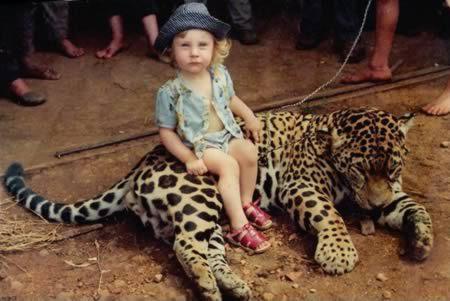 Дети и их необычные питомцы