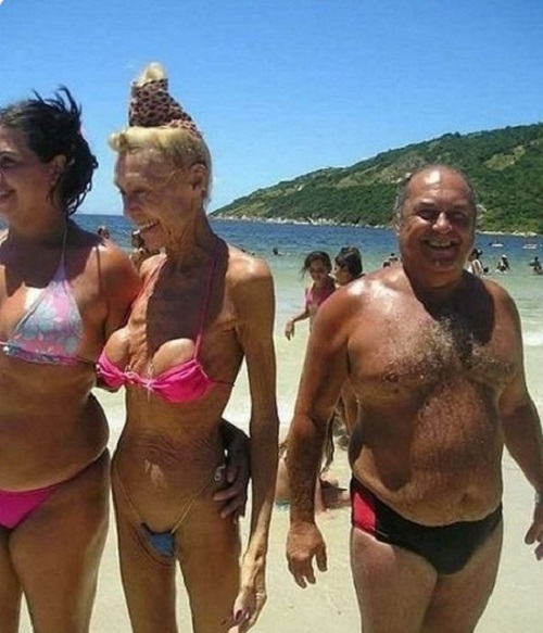 ТОП 13 безумных пляжных костюмов