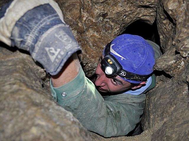 Где спрятаться от жары: экскурсии пещерой Млынки