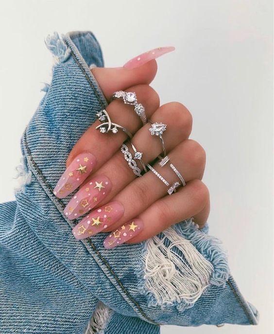 Форма ногтей пуанты — тренд маникюра