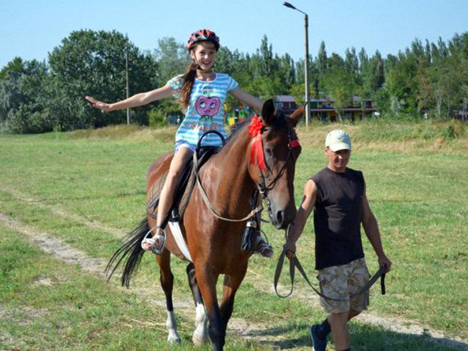 Літній табір для дітей 2016: Червона гвоздика