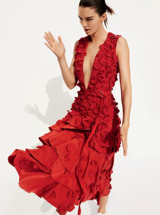 Кендалл Дженнер в спеціальному випуску Vogue