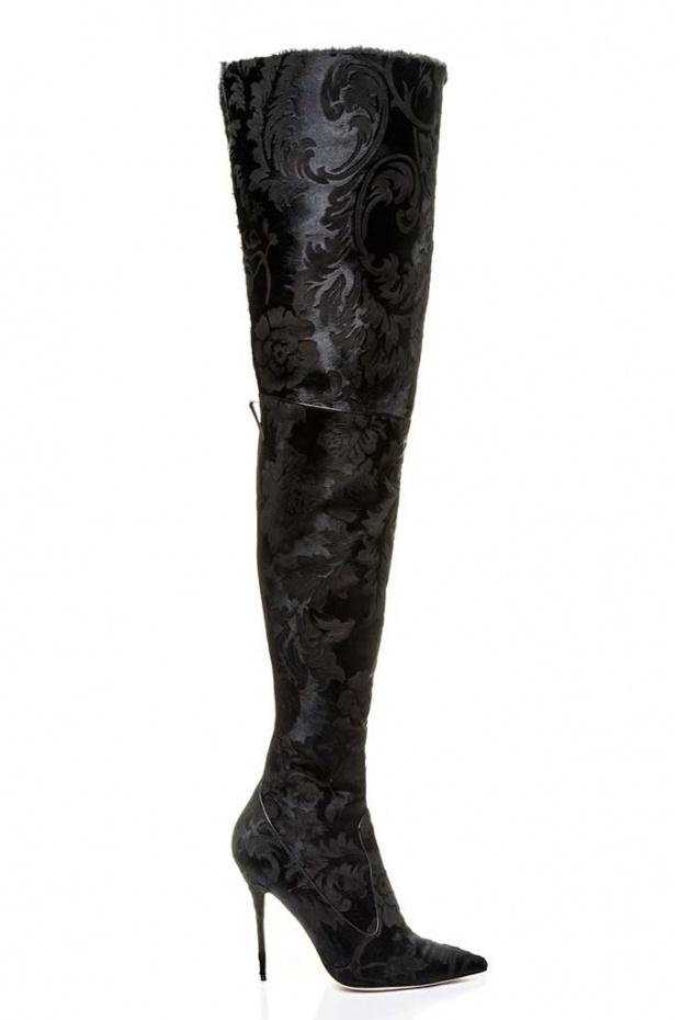 Рианна создала зимнюю коллекцию обуви для Manolo Blahnik