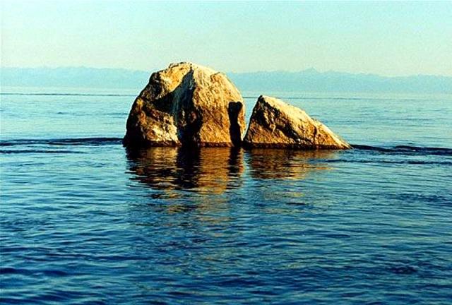 Озеро Байкал: Шаман-камінь
