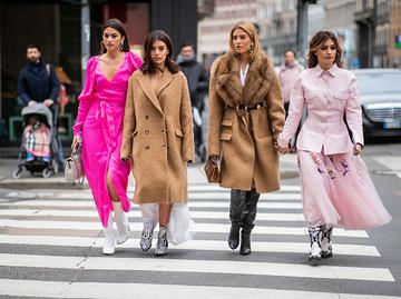 Модні кольори в гардеробі 2021