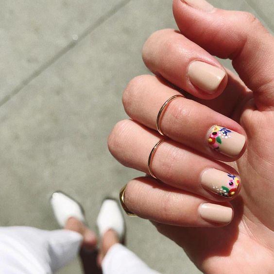 Весенний маникюр 2019: ТОП-30 фото интересного дизайна ногтей