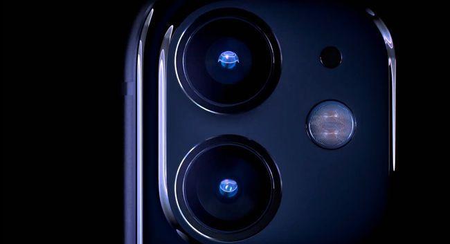 iPhone 11: двойная камера