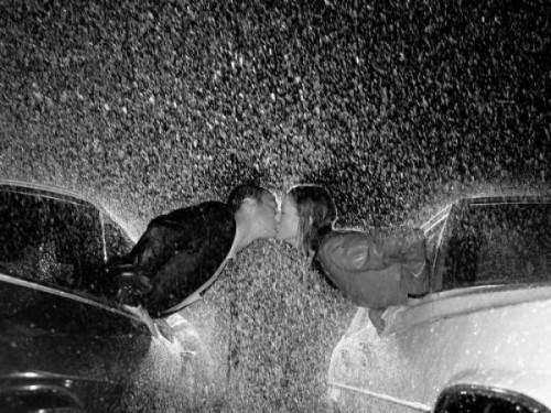 Романтика под дождём