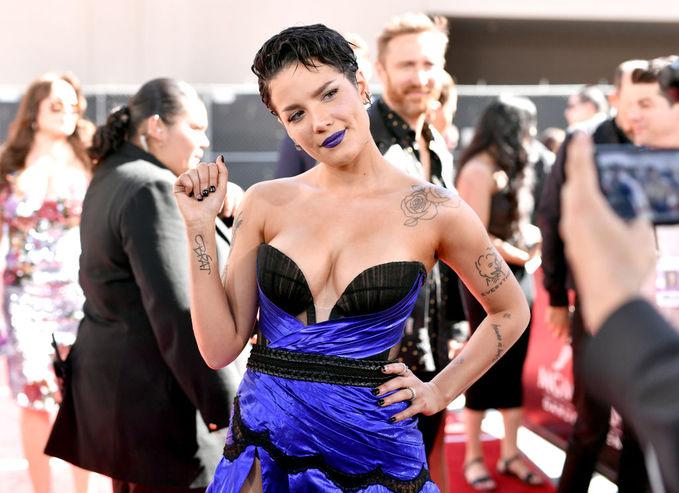Найгірші вбрання Billboard Music Awards-2019