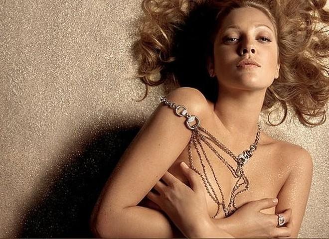 Gucci  воплощает итальянский шик  в золоте