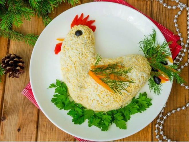 Как сделать салат в форме для салата