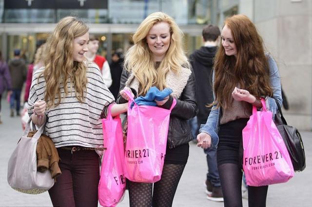 4 події, заради яких потрібно відвідати UK: Розпродажі в Лондоні, Oksford street
