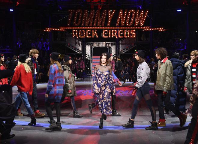 Показ Gigi x Tommy