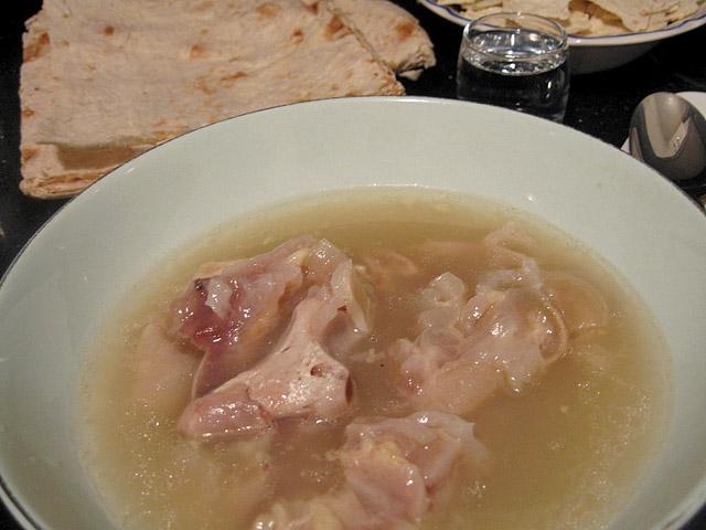 Как лечат похмелье в  Армении, суп хаш