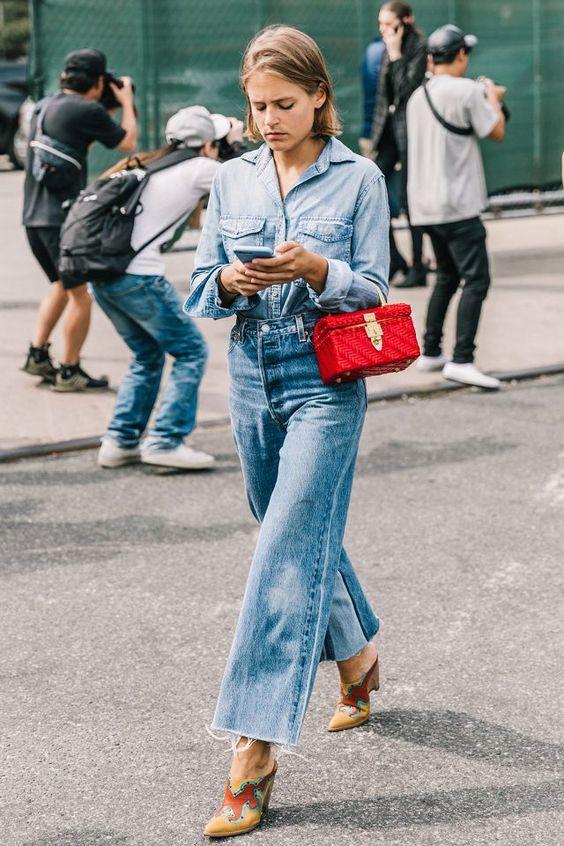 С чем носить джинсы в 2021 году