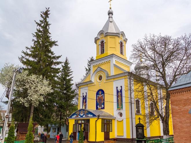 Куда поехать на Пасху: Покровская церковь (Луцк)