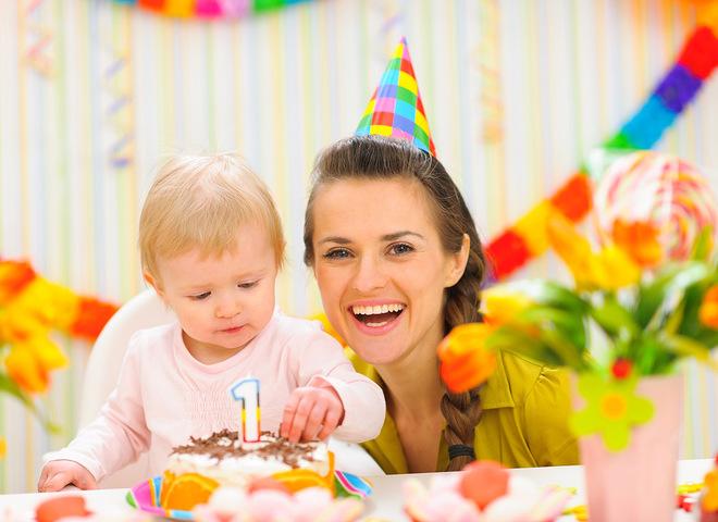 Как отпраздновать 1 годик ребенку и есть ли смысл