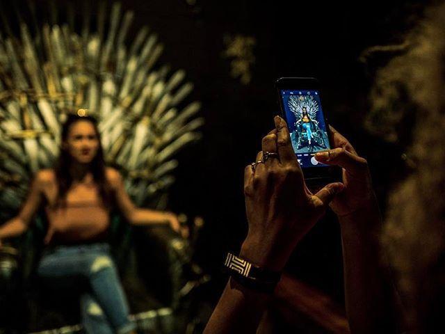 """у США відкрили величезний бар на честь """"Ігри престолів"""""""