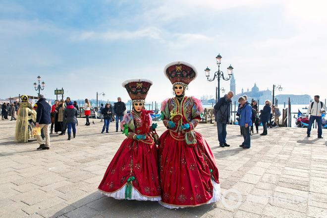 Венеціанський карнавал: від А до Я