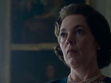 """Олівія Колман у ролі королеви Великобританії Єлизавети II в серіалі """"Корона"""""""