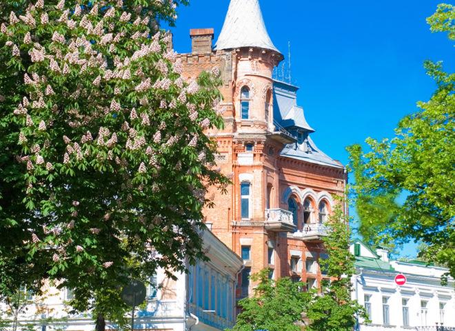 Унікальна архітектура: 15 найбільш вражаючих будівель України