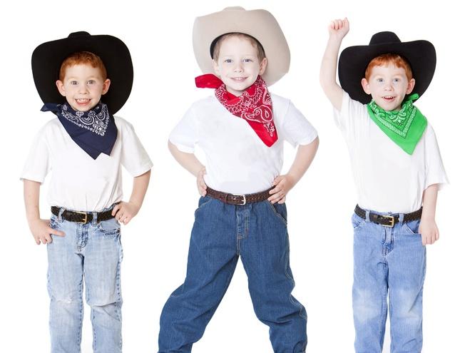 Новорічні костюми для дітей  як зробити та в чому користь - tochka.net 3842ebd4e1a88