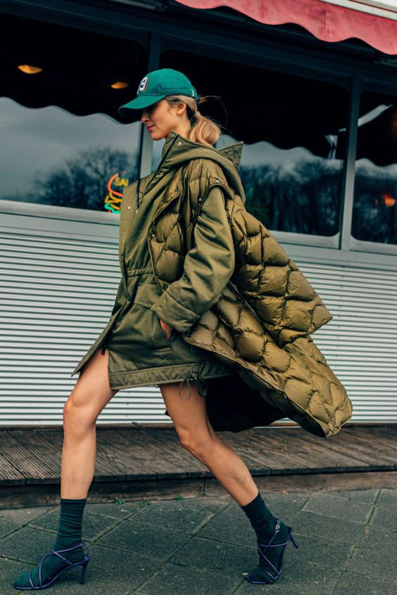 Трендовые фасоны пальто весна 2021
