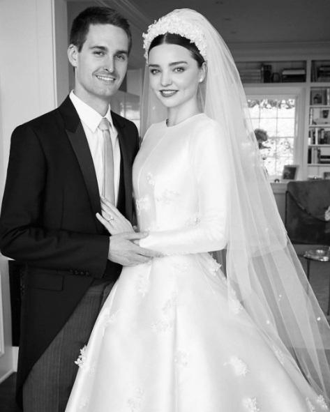 Міранда Керр весільна сукня